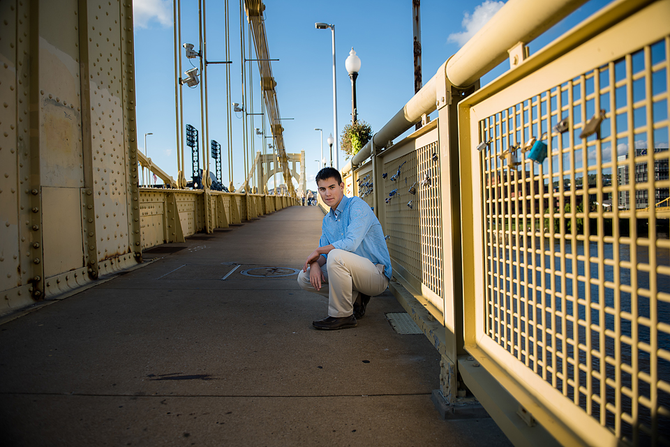 annetteelliottphotography, senior boy, Pittsburgh, urban, bridges, city, Butler County, Allegheny County